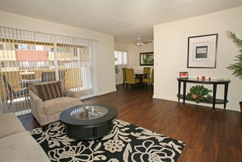 2000 Park Avenue 1-3 Beds Apartment for Rent Photo Gallery 1