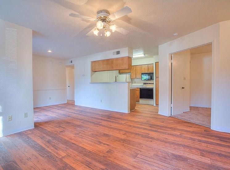 Open Spacious Floor Plans at The Overlook Apartments, Albuquerque, New Mexico