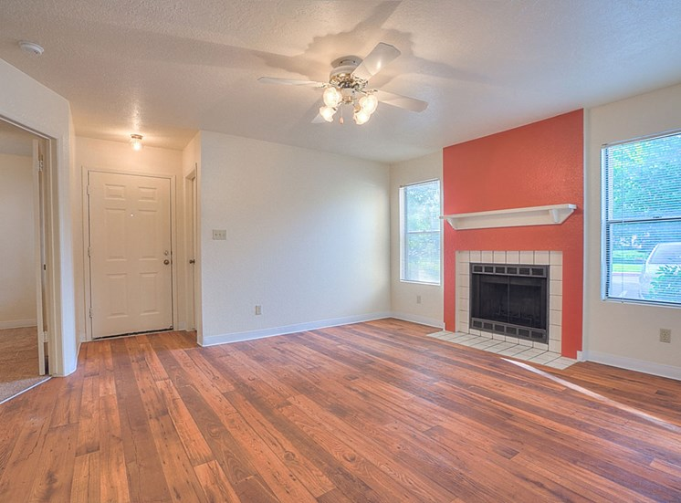 Wood-Burning Fireplace Available at The Overlook Apartments, 6200 Eubank Blvd NE, NM