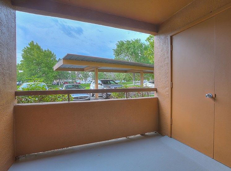 Private Patio Or Balcony at The Overlook Apartments, Albuquerque, 87111