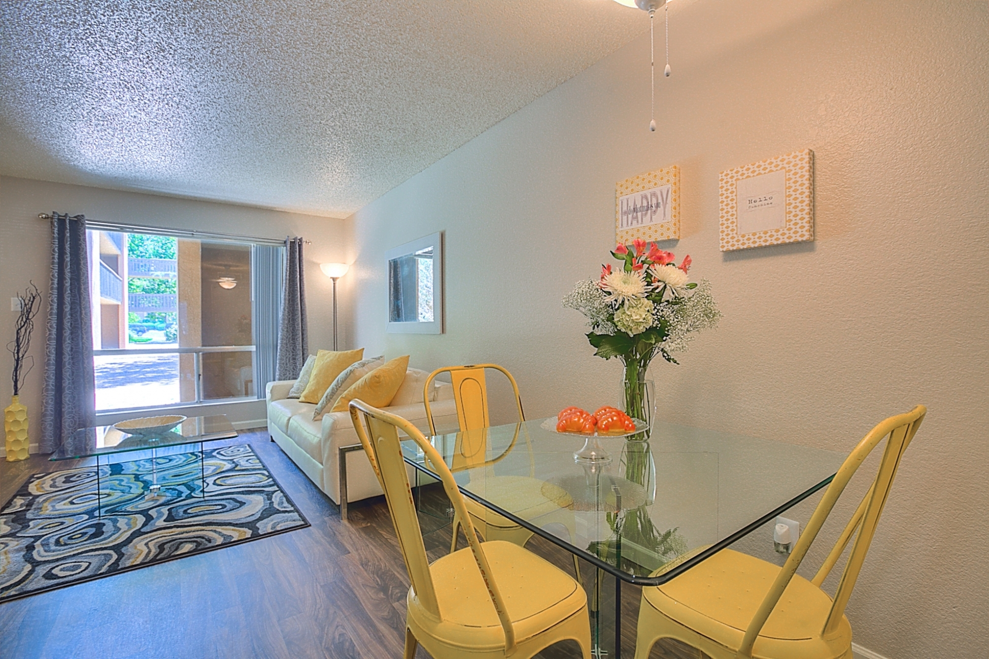 Separate Dining Area at Eagle Pointe Apartments, Albuquerque, New Mexico