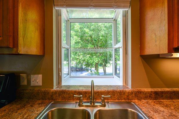 Garden Windows at Lexington Farms Apartment Homes in Raleigh, North Carolina, NC