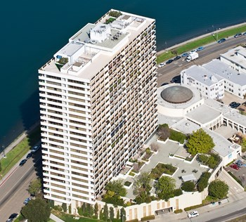 1200 Lakeshore Ave 1-3 Beds Apartment for Rent Photo Gallery 1