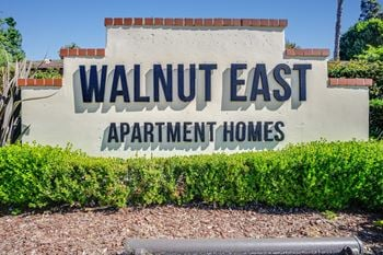 1201 SE Walnut 1 Bed Apartment for Rent Photo Gallery 1