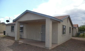 5220 S MISSIONDALE RD #2 3 Beds House for Rent Photo Gallery 1