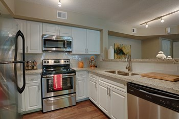 9051 SW 122nd Avenue 1-3 Beds Apartment for Rent Photo Gallery 1