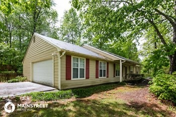 1477 Chaseway Circle 3 Beds House for Rent Photo Gallery 1