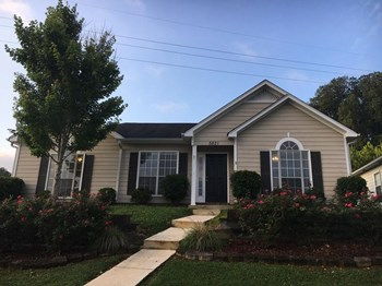5821 Marchester Circle 3 Beds House for Rent Photo Gallery 1