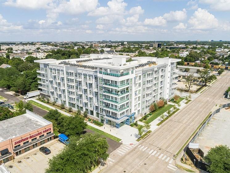 Skyline Views at Azure Houston Apartments, Houston