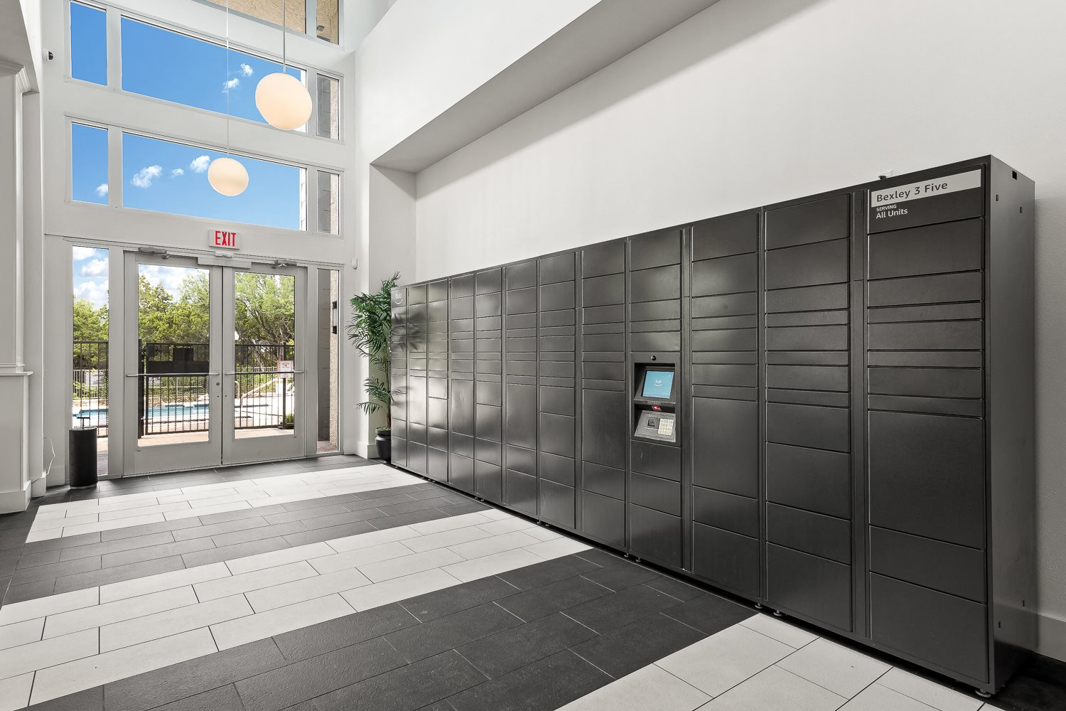 Amazon Package Lockers