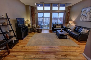 20 Elm Street 1-4 Beds Apartment for Rent Photo Gallery 1