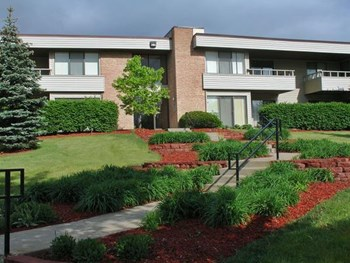 975 Sterling Ave. 1-2 Beds Apartment for Rent Photo Gallery 1