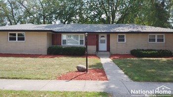 2313 185th Place 3 Beds House for Rent Photo Gallery 1