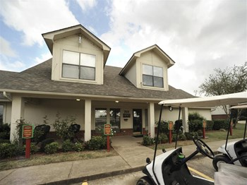 607 Gladiolus Drive 1 Bed Apartment for Rent Photo Gallery 1