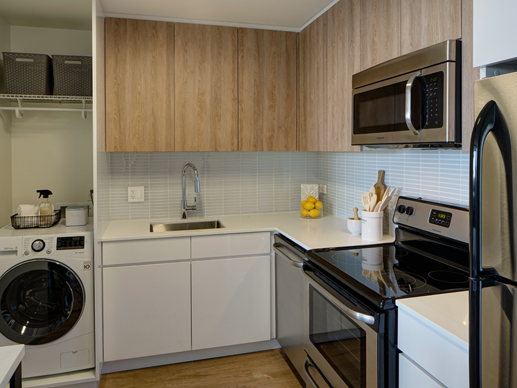 Stainless Steel Appliances at The Kent, Chicago, IL, 60614