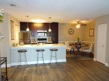 28600 Detroit Road 1-2 Beds Apartment for Rent Photo Gallery 1