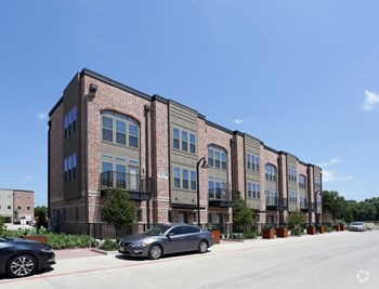 2061 Wittington Place 1-2 Beds Apartment for Rent Photo Gallery 1