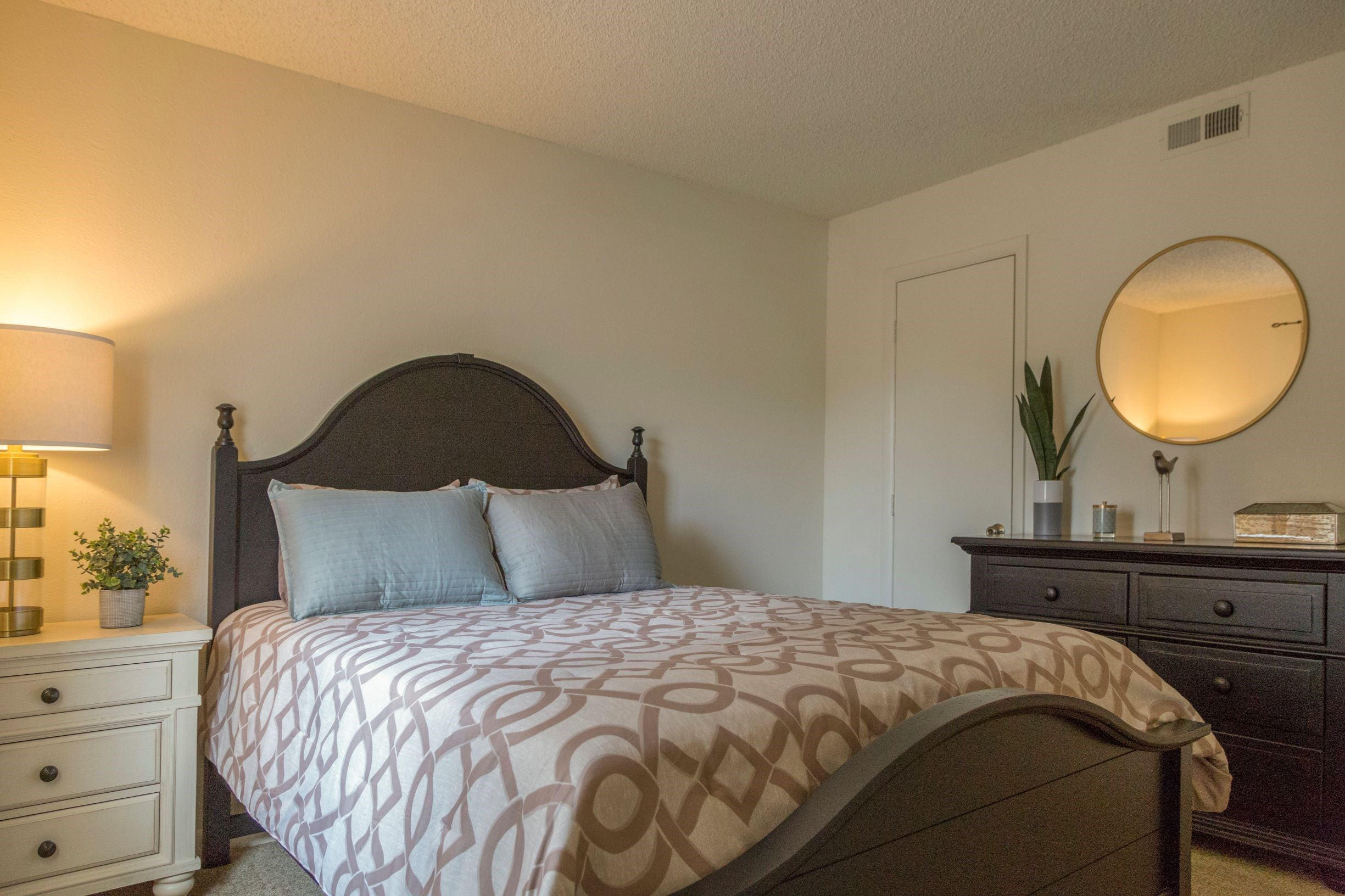 Morganton Place Apartments | Apartments in Fayetteville, NC |