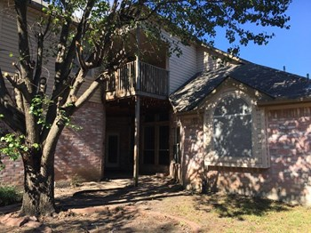 1812 Springmont Dr 4 Beds House for Rent Photo Gallery 1