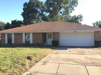 7528 Beckwood Dr 3 Beds House for Rent Photo Gallery 1