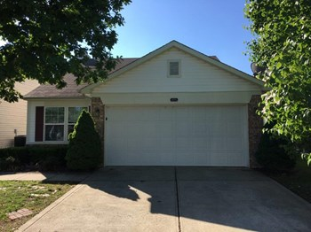 6439 Titania Dr 3 Beds House for Rent Photo Gallery 1
