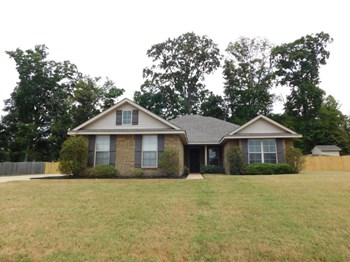 2158 Woodridge Dr N 4 Beds House for Rent Photo Gallery 1
