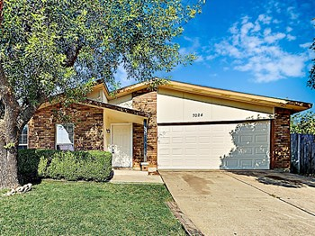 7024 Baird Dr 4 Beds House for Rent Photo Gallery 1