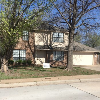 1508 Creekside Dr 4 Beds House for Rent Photo Gallery 1