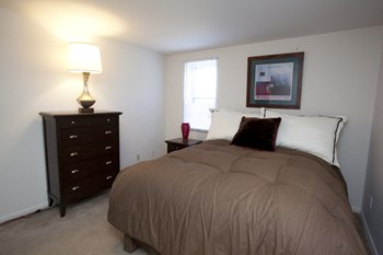 12700 FAIRHILL RD. LLC 1 Bed Apartment for Rent Photo Gallery 1