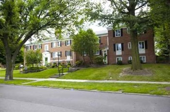 12800-12940 FAIRHILL RD. 1-2 Beds Apartment for Rent Photo Gallery 1
