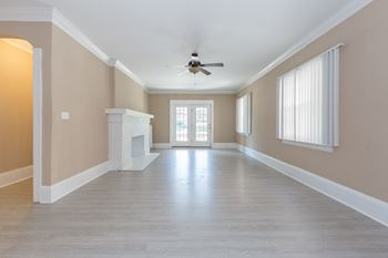 2765 Euclid Heights Boulevard Studio-3 Beds Apartment for Rent Photo Gallery 1