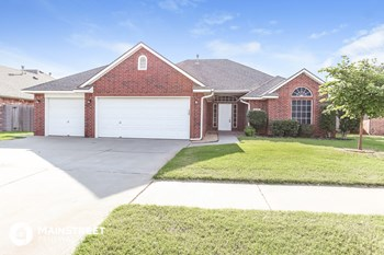 632 Vickery Ave 4 Beds House for Rent Photo Gallery 1