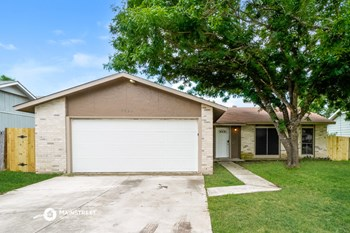 5922 Whispering Lake St 3 Beds House for Rent Photo Gallery 1