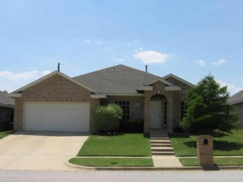 6004 Copperfield Dr 4 Beds House for Rent Photo Gallery 1