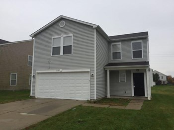 3132 Black Forest Ln 4 Beds House for Rent Photo Gallery 1