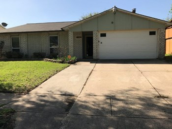 6924 Sandstone Ct 3 Beds House for Rent Photo Gallery 1