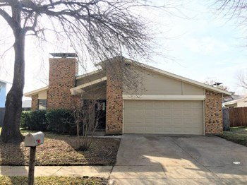 3602 Montridge Ct 3 Beds House for Rent Photo Gallery 1