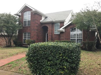 1526 Curtis Ln 4 Beds House for Rent Photo Gallery 1