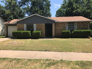 2408 Sweetwood Dr 3 Beds House for Rent Photo Gallery 1