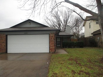 1621 Lincolnshire Way 3 Beds House for Rent Photo Gallery 1