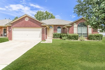 1905 Fair Meadow Dr 4 Beds House for Rent Photo Gallery 1