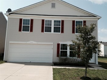 10815 Grace Dr 3 Beds House for Rent Photo Gallery 1