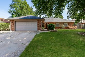 1315 W Aries Rd 4 Beds House for Rent Photo Gallery 1