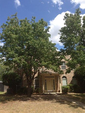 633 Sycamore Dr 4 Beds House for Rent Photo Gallery 1