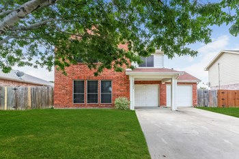 7204 Misty Dawn Dr 3 Beds House for Rent Photo Gallery 1