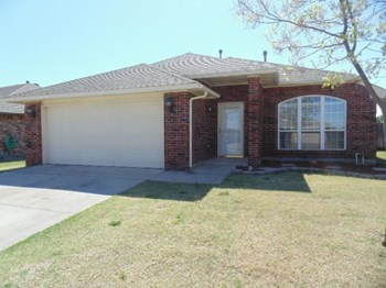 2260 Scissortail Landing Dr 4 Beds House for Rent Photo Gallery 1