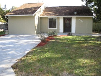 7032 Parison Dr 4 Beds House for Rent Photo Gallery 1