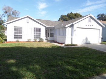 8537 Berkley Dr 3 Beds House for Rent Photo Gallery 1