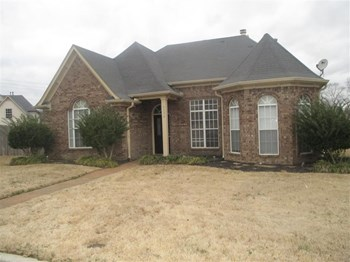 1136 Hoska Cove 3 Beds House for Rent Photo Gallery 1