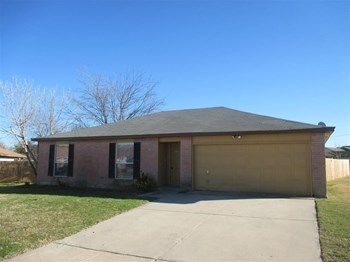 825 Reveille Rd 3 Beds Apartment for Rent Photo Gallery 1